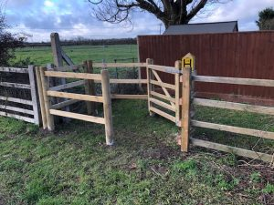 New kissing gate
